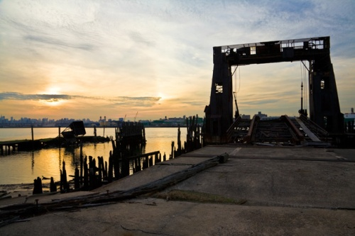 Gantry crane, North Brother Island