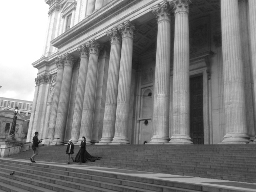 Couple outside St Paul's Cathedral