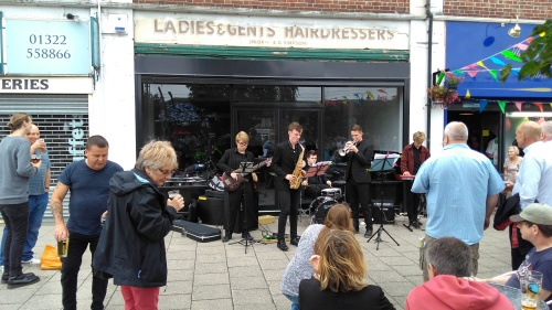 Sixth Sense jazz band playing at The Penny Farthing micropub